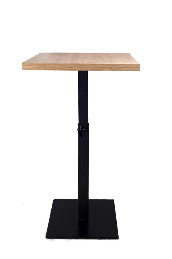 Metalni stol